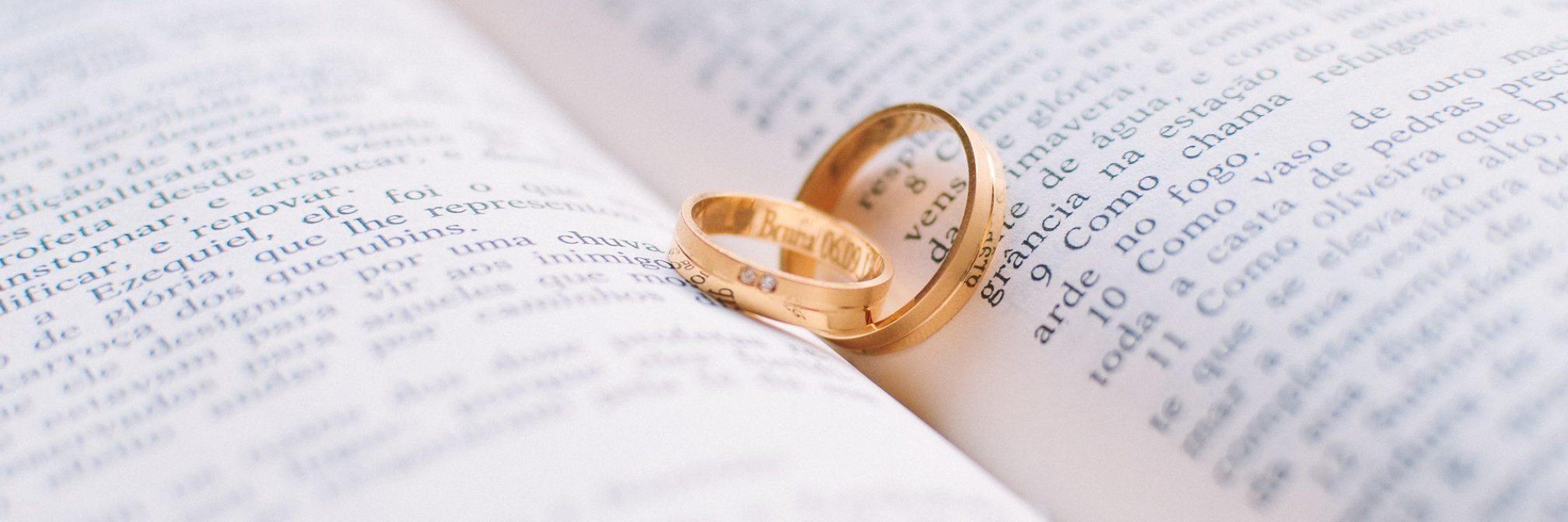 couple-1284225_1920